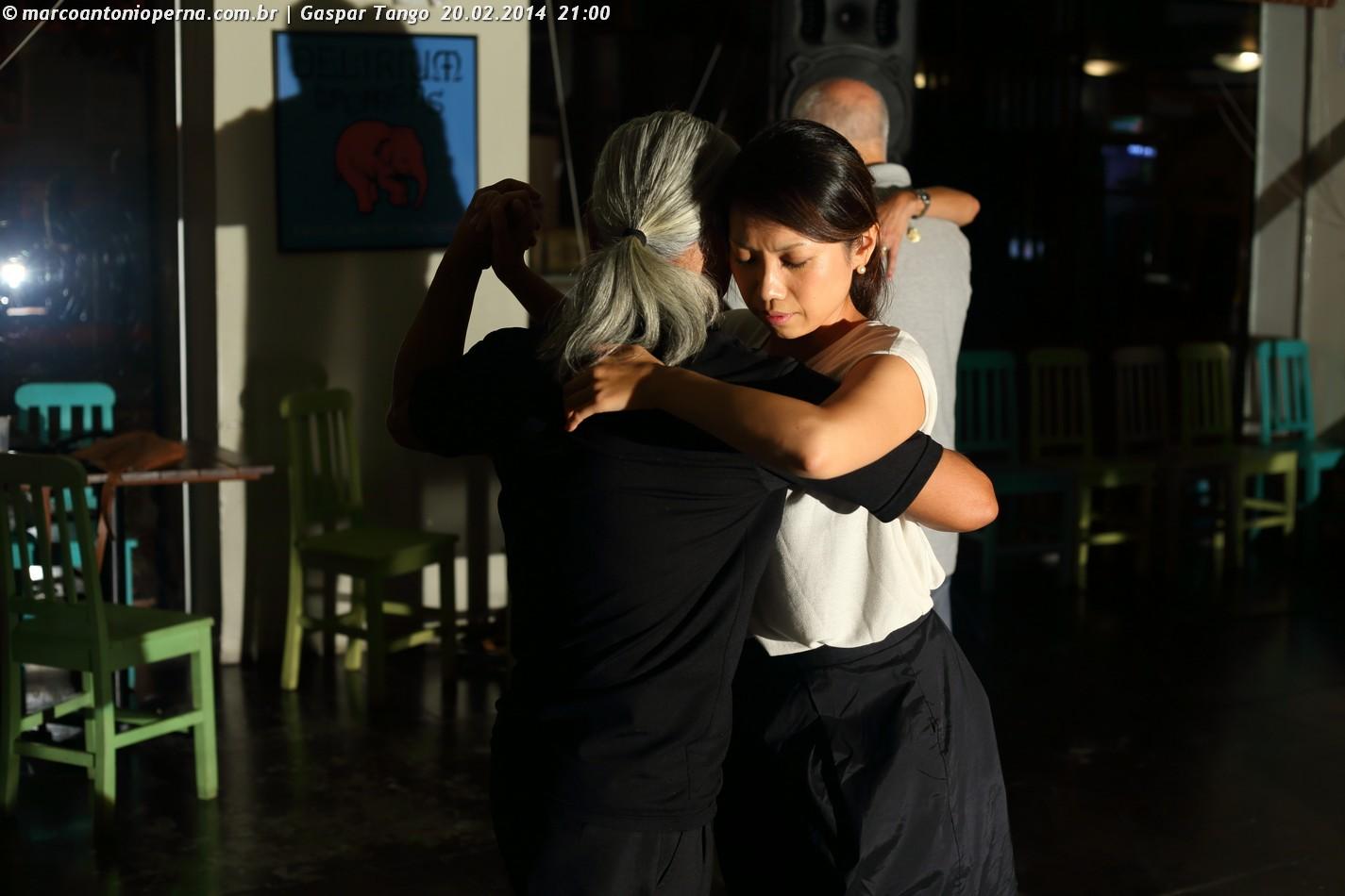 Baile de tango (Milonga) no bar Gaspar promovido por Javier Amaya e Patricia Amaya - Rio de Janeiro - RJ - 20.02.2014