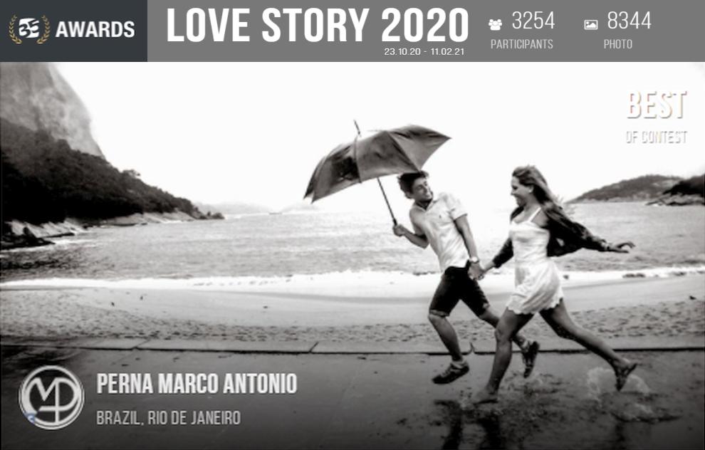Happy Couple (Umbrella Day) - Love Story 2020/35 Awards